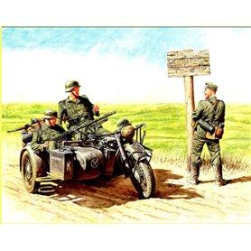 Master Box 3539 Figurer German Motorcyclist 1940-1943