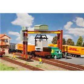 Faller 131368 Container bridge crane
