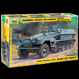 Zvezda 3572 Armored carrier Hanomag Sd.Kfz.251/1 Ausf.B