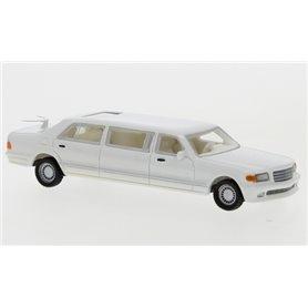 BOS 87691 Mercedes V126 Trasco, vit, 1990