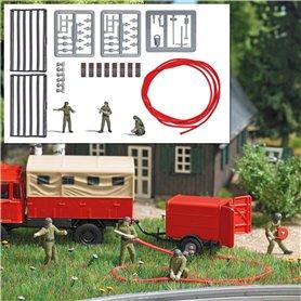 Busch 7960 Firefighter crew