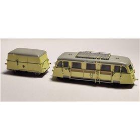 """NMJ Yd326 Rälsbuss med släp Yg 503 SJ """"Hilding Carlsson"""" typ Yd 326, skyltar för Östersund-Storlien-Österund"""