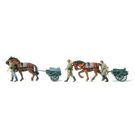 Preiser 16576 Figurer 2 ammunitionsvagnar lf.9, 2 hästar, 3 figurer, Tyska Riket 1939-45, omålade figurer