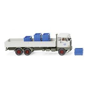 """Wiking 46202 Steel platform truck (Volvo F88) """"Volvo"""""""