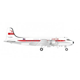 Herpa Wings 571555 Flygplan Qantas Douglas DC-4
