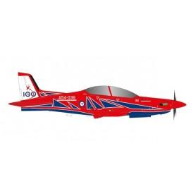 "Herpa Wings 580731 Flygplan Royal Australian Air Force Pilatus PC-21 - Roulettes Aerobatic Team ""RAAF 100"" – A54-036"