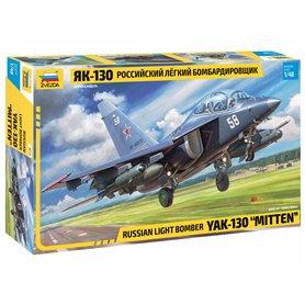 "Zvezda 4818 Flygplan Russian light bomber YAK-130 ""MITTEN"""