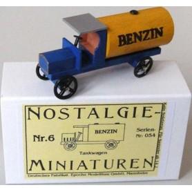 "Epoche 00007.6 Nostalgieminiaturen Nr.6 Tankbil ""Benzin"""
