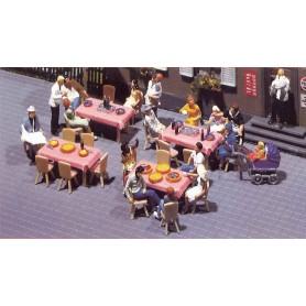 Faller 180442 4 bord, 24 stolar