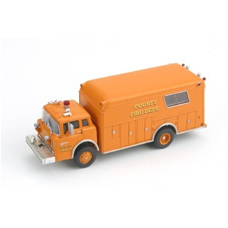 Athearn 91804 Ford Fire Rescue Truck, County Fire No.2