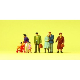 Preiser 10564 Gående figurer, 7 st, inklusive barnvagn