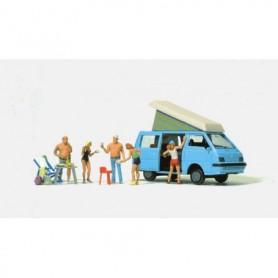 Preiser 33246 Grillning på campingen, 5 figurer med tillbehör